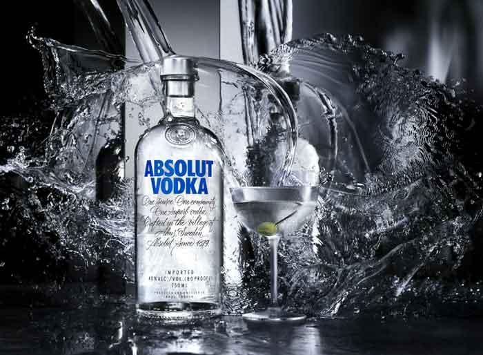 Minuman absolut vodka